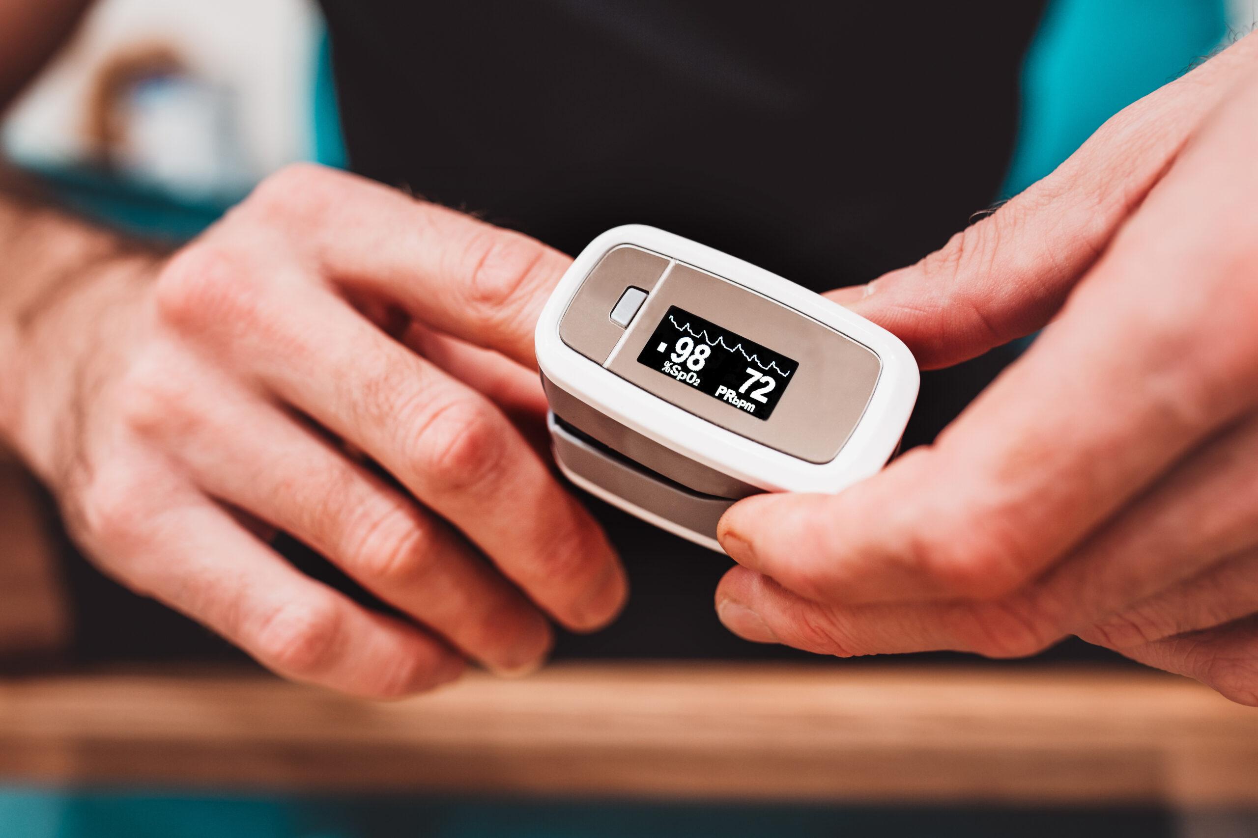 Sauerstoff Therapie mit Puls Oximeter